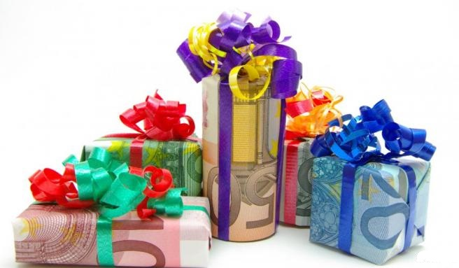 Budget de noël, entre festivité et endettement